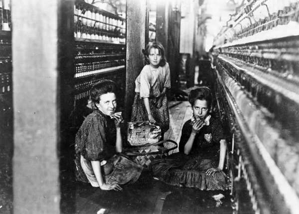 Three Girls Having Lunch in a Kelser Manufacturing Co. Cotton Mill, Salisbury, North Carolina