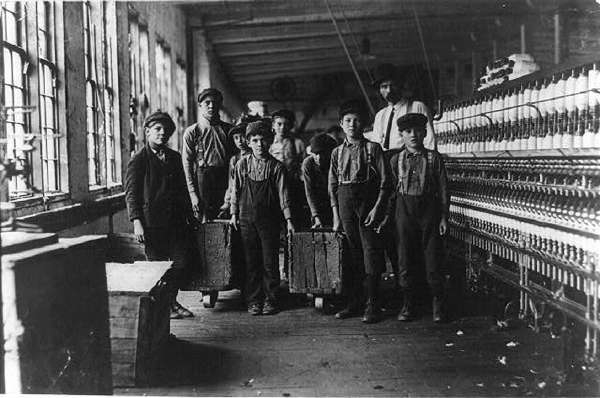 Group of Young Doffers and the Superintendent, Catabwa Cotton Mill, Newton, North Carolina