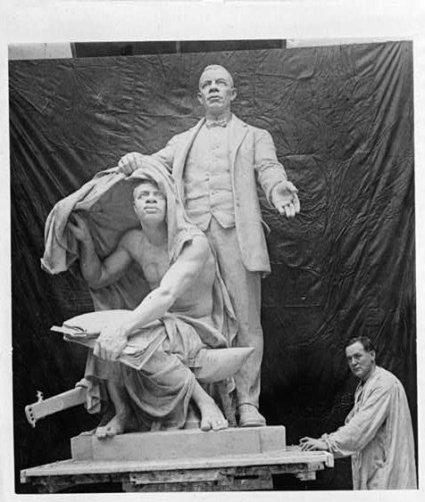 Statue of Booker T. Washington